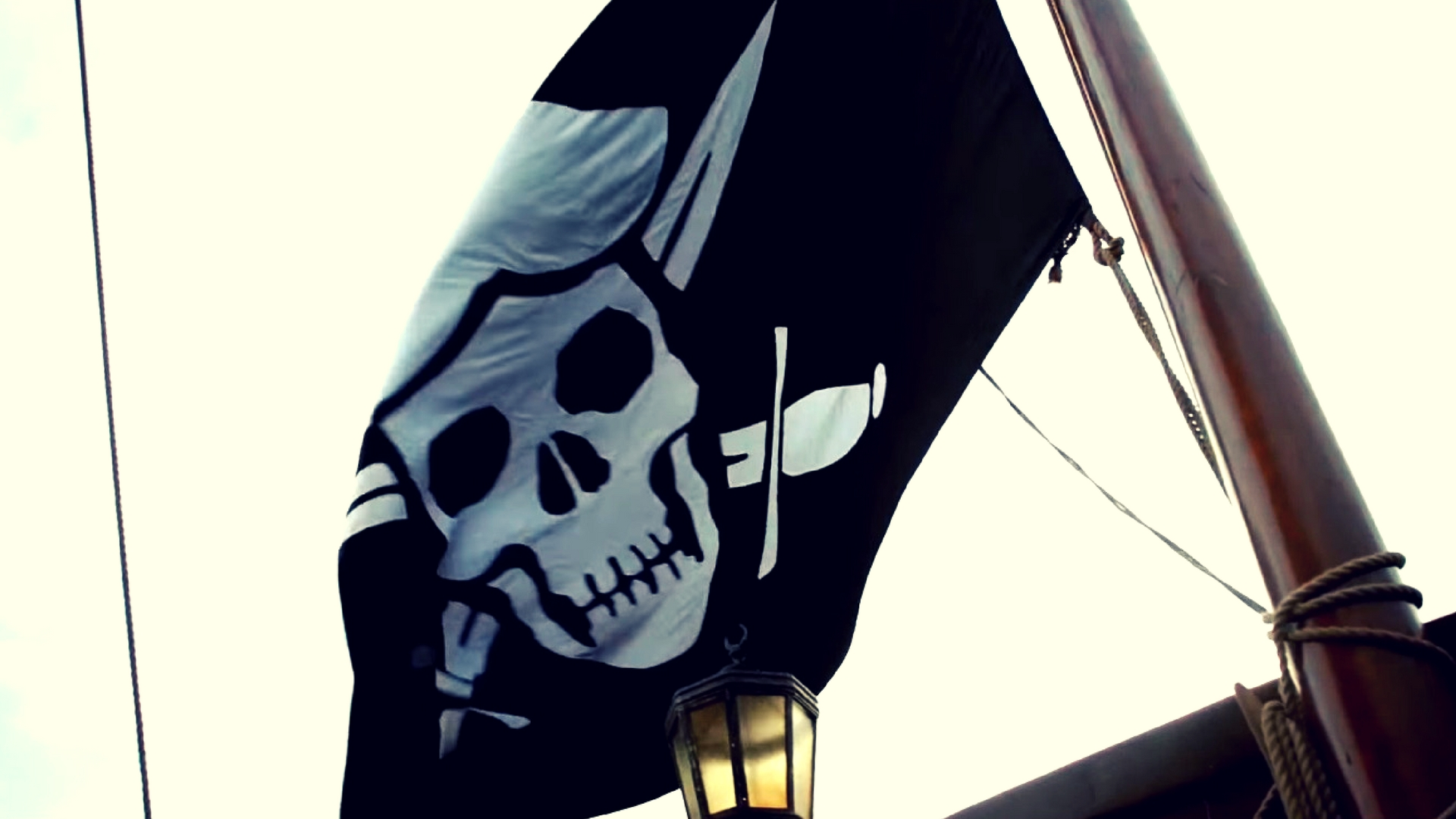 pirate flag in black sails season 4 produced by micheal bay